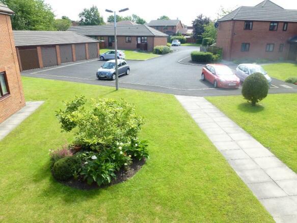 Gardens/Parking