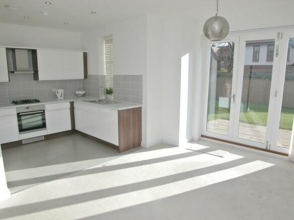 Kitchen/Dining 1