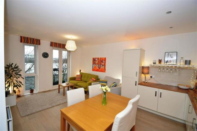 2 bedroom apartment for sale in salvisberg court otto road welwyn