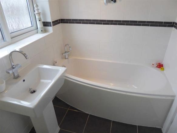 Bathroom / Shower Room: