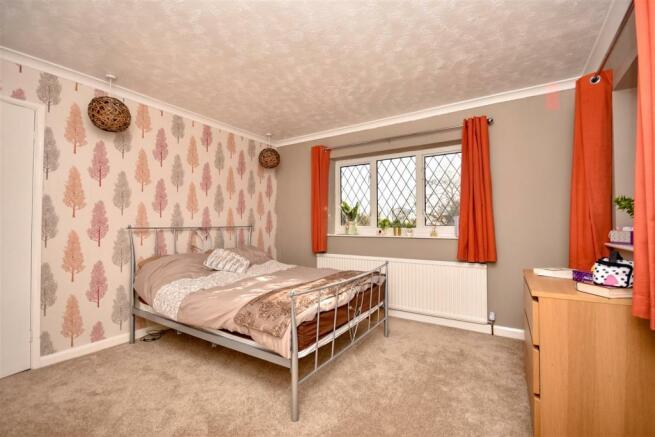 bedroom moorlands.JPG