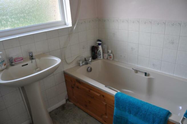 DSC_3024-Bathroom.JP