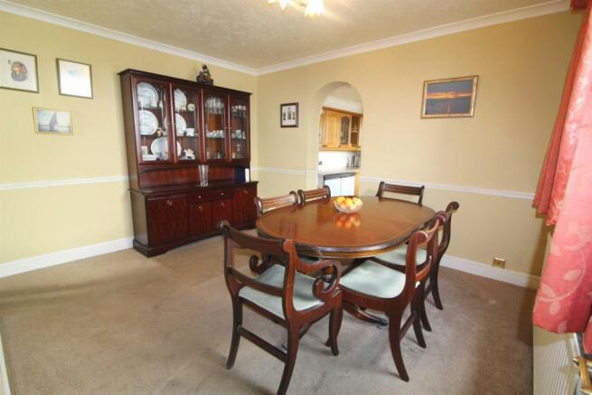 Dining Room EDIT.jpg