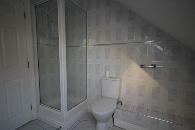 12 Village Plaza bathroom (2).JPG