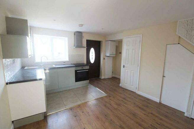 Kitchen/Lounge(2)