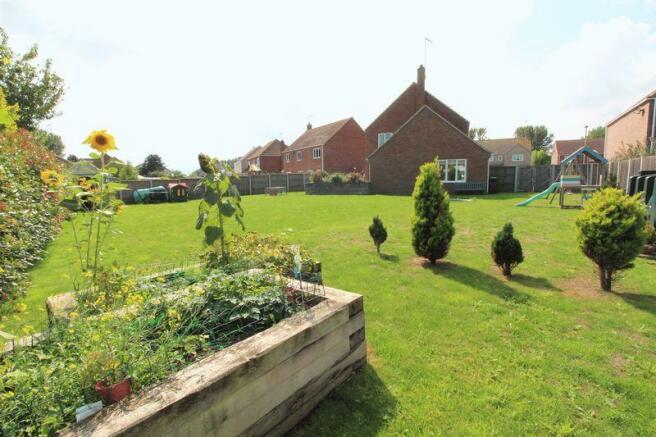 Rear Garden(2)
