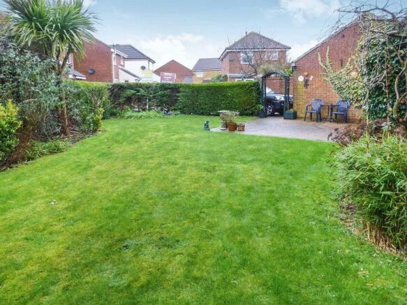 Front Garden(1)
