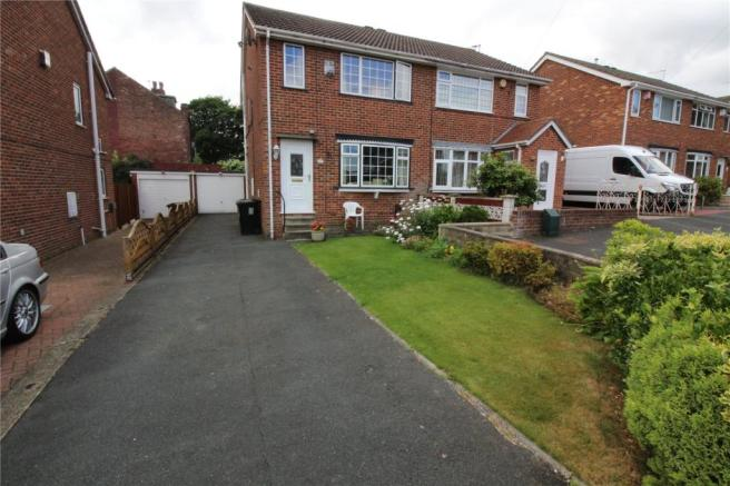 Yorkshire Terrace: 3 Bedroom Semi-detached House To Rent In St. Peters