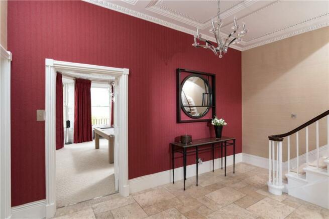 Bath - Hall