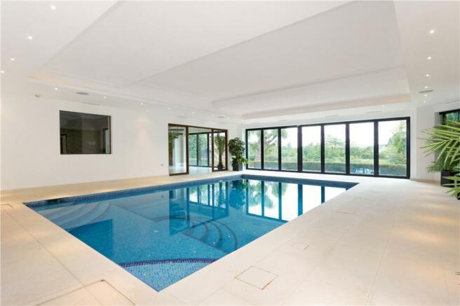 Swimming Pool Kt10