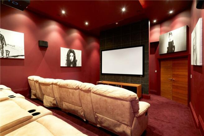 Cinema Kt10