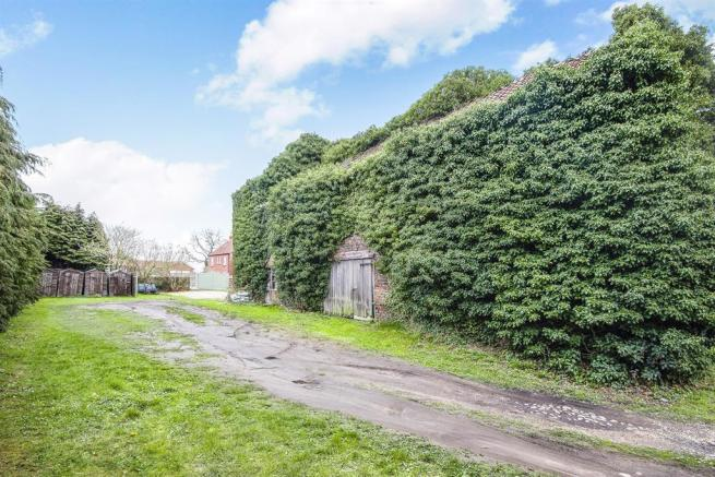4 Bedroom Detached House For Sale In The Old Farmhouse