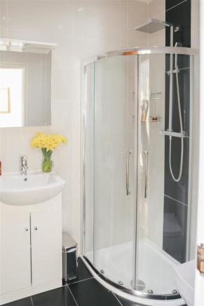 Shower Room 1.jpeg