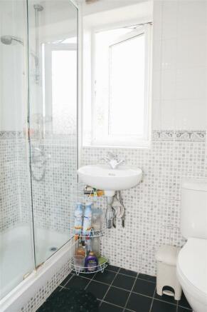 Shower Room 2.jpeg