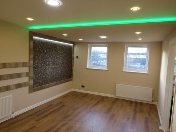 2 Bedroom Flat For Sale In Mikern Close Bletchley Milton Keynes Mk2