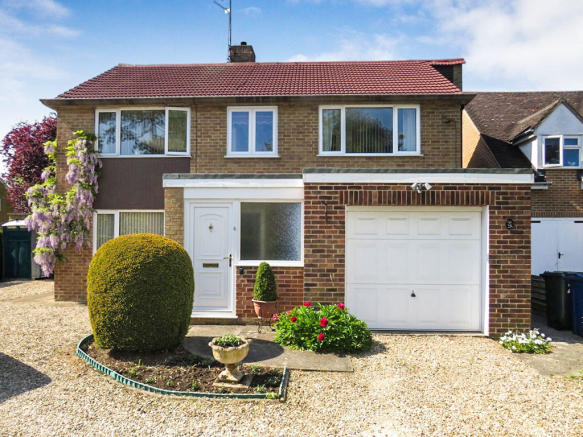 4 Bedroom Detached House For Sale In Launton Road Bicester Ox26