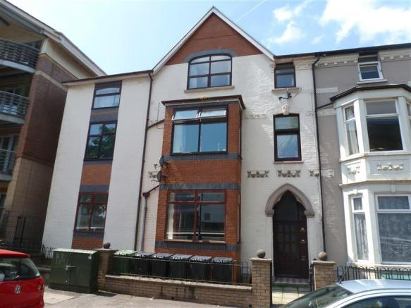 2 bedroom apartment for sale in fitzhamon embankment - Living room letting agency cardiff ...