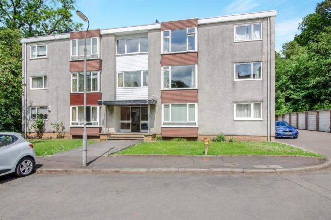 2 bedroom flat for sale in bankholm place, clarkston, glasgow, g76