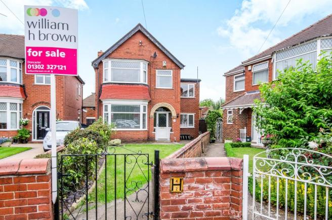 4 Bedroom Detached House For Sale In West Grove Wheatley