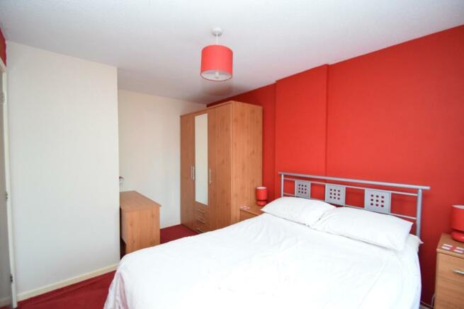 Bedroom P2