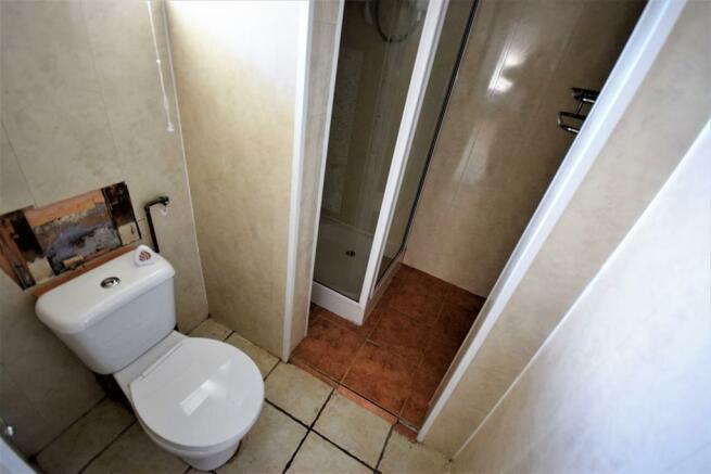 Ground Floor Shower / Wc