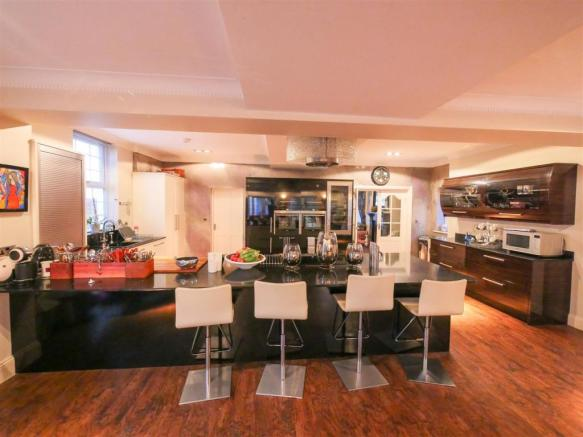 Kitchen / Dining / Family Room