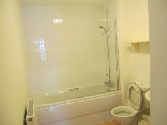 mainbathroom 2