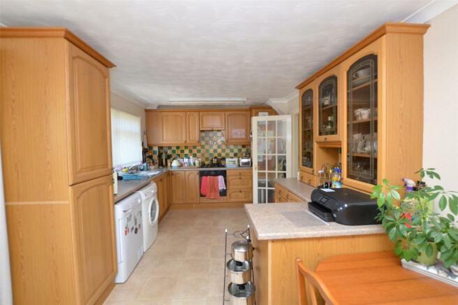 Kitchen/Dining Asp 2