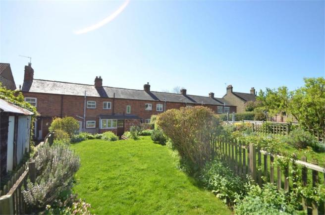 Magnificent 3 Bedroom Cottage For Sale In High Street Gravenhurst Mk45 Home Interior And Landscaping Ologienasavecom
