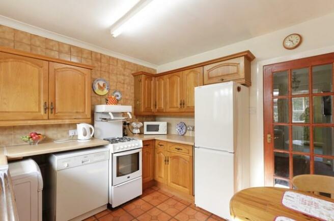 4671_Kitchen-1.jpg