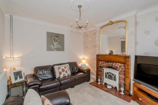 Victoria Street, Broomhill, Cannock, WS115QQ-9.jpg