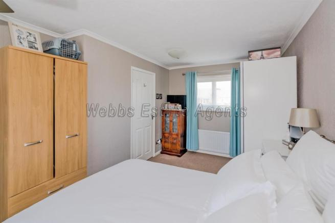 20, Lea Lane, Walsall, Staffordshire, WS6 6BZ (19