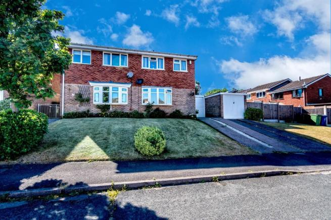 Chancery Drive, Hednesford, Cannock, WS124RE-20.jp