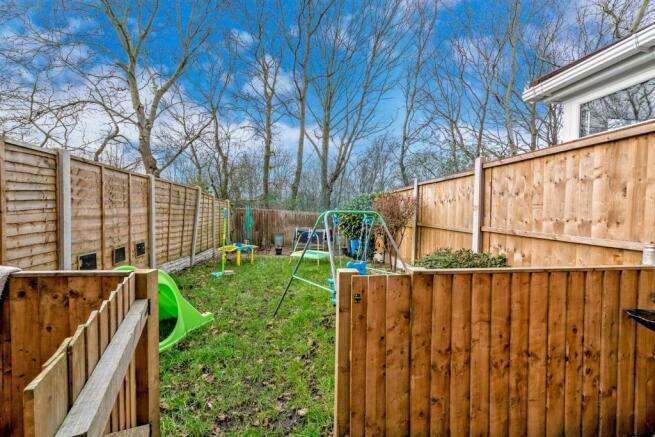 Loom Close, Walsall, West Midlands, WS6 6GG-22.jpg