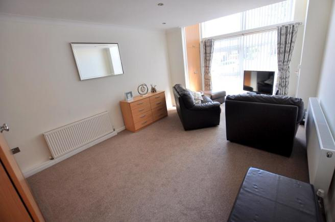 Bedroom/second lounge