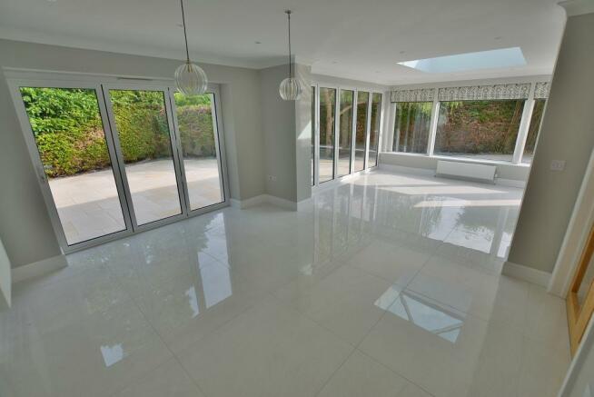 Living area/orangery