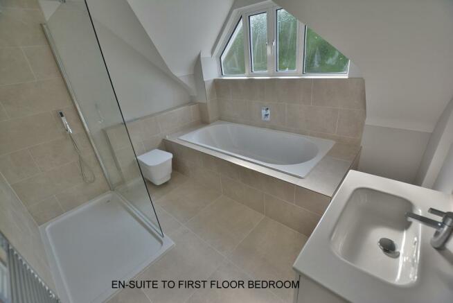 En-suite to first floor bedroom