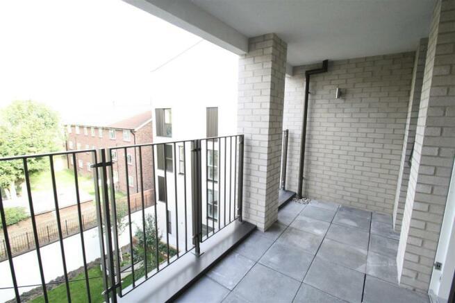 BALCONY (photo of similar flat)