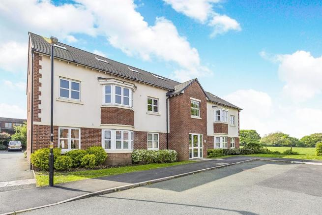 3 Bedroom Penthouse For Sale In Anchor Fields, Eccleston