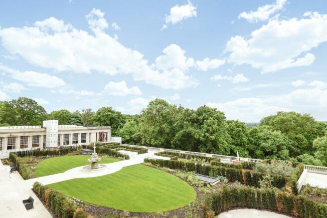 Building Communal Gardens