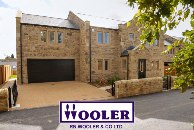 5 bedroom detached house for sale in 4 Higher Raikes Terrace