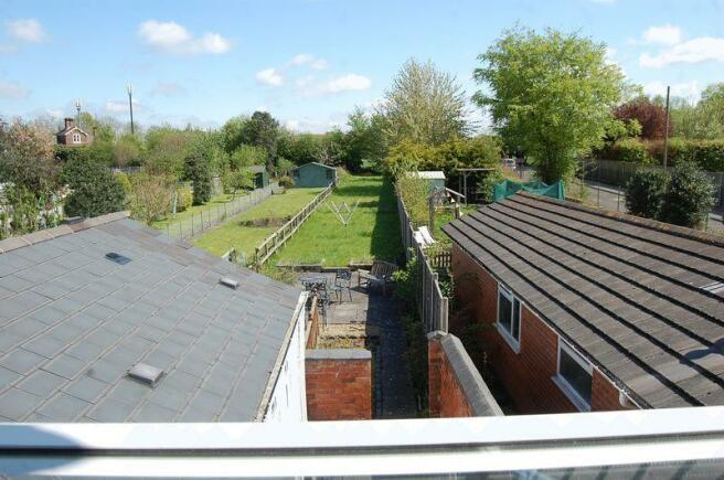 2 Bedroom Terraced House For Sale In Shaw Lane Albrighton Wolverhampton Wv7