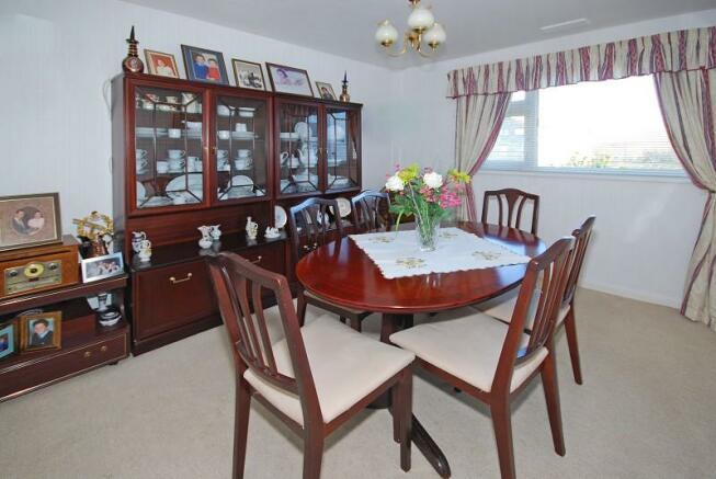 Bedroom or Diningroom