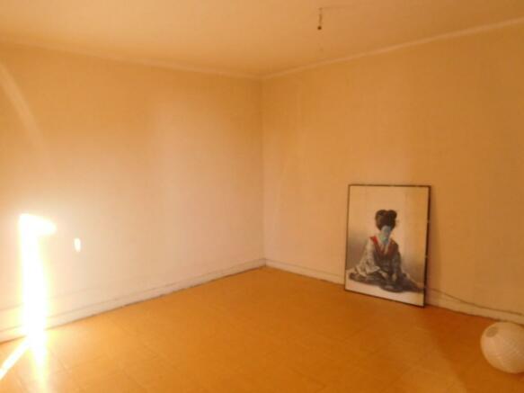 2nd Floor : Bed 1