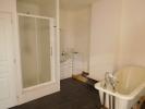 2nd Floor : Bath
