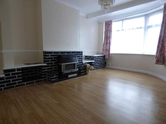 3 Bedroom House To Rent In New Bedford Road Luton Lu3