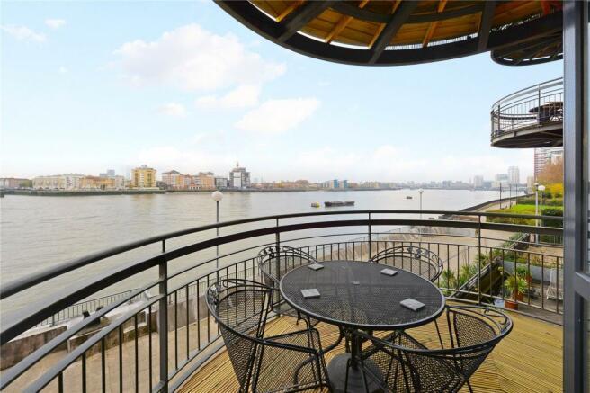 Balcony / River View