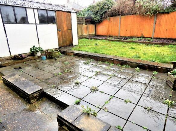 Patio/Garage/Garden
