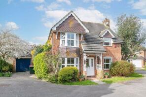 Photo of Bisham Close, Maidenbower, Crawley, West Sussex