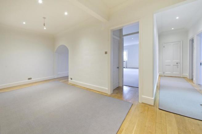 Hallway Reception Ro